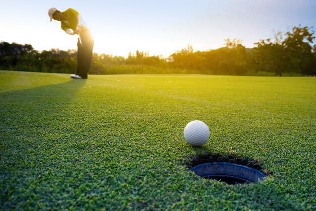 Summer at Sea Trail Golf Package